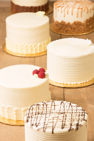 Group_Cakes_Vertical
