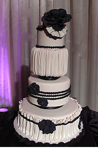 Glamour Girl Wedding Cake