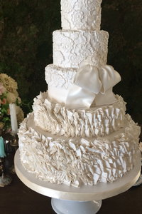 Lark Wedding Cake