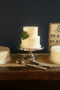 Rustic Wedding Cake Trio