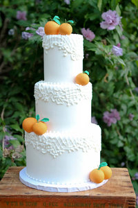 Citrus & Lace Wedding Cake