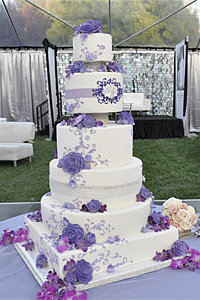 Niecy Nash & Jay Tuckers Wedding Cake