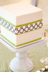 Honeycomb Pattern Cake